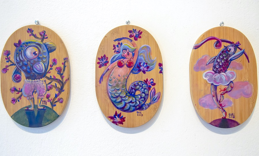 Elli Maanpää: Mermaids, Acrylic paint on wooden cutting board, 15x23cm, 2020